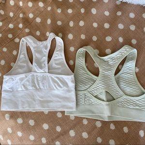 Set of 2 medium sports bras